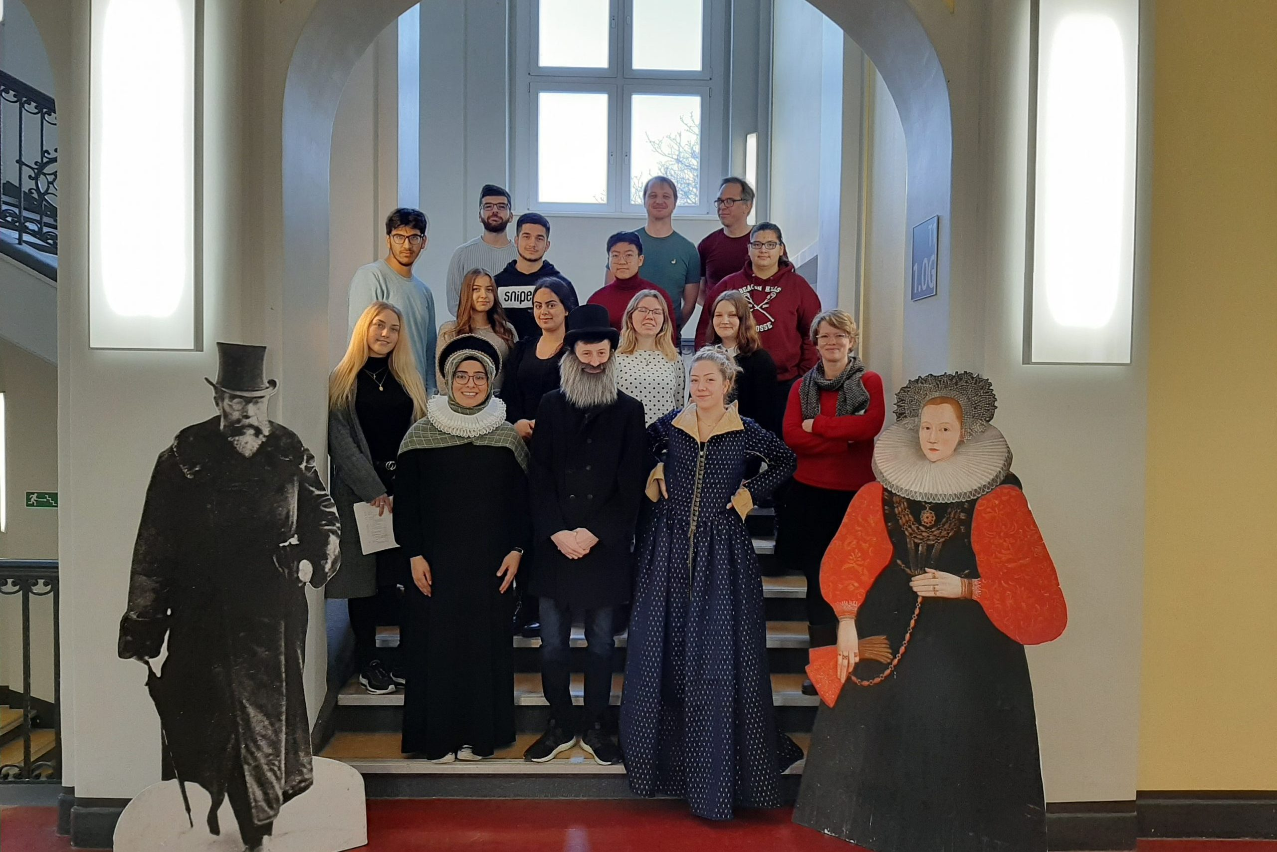 Sophie Brahe trifft Wilhelm Conrad Röntgen